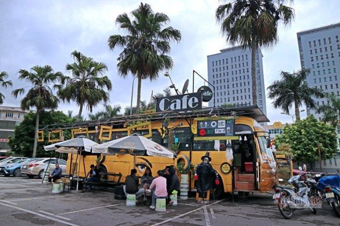 Новое кафе-автобус в городе Ханой
